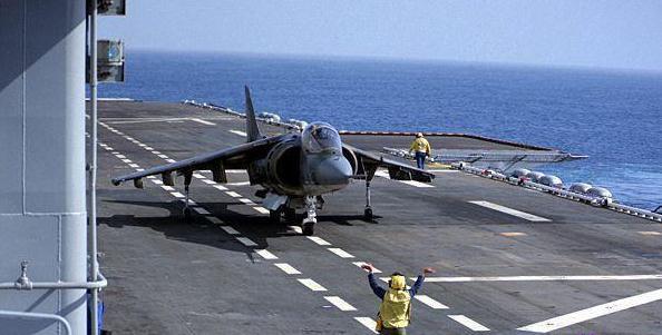 歼18垂直起降战斗机